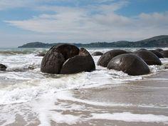 Moeraki Boulders Reviews - Oamaru, New Zealand - Gogobot