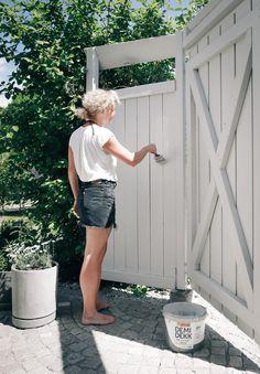 Daniella Witte Gate Designs Modern, Modern Design, Fence Gate, Fencing, Plank, Garden Landscaping, Outdoor Gardens, Outdoor Living, Garden Design