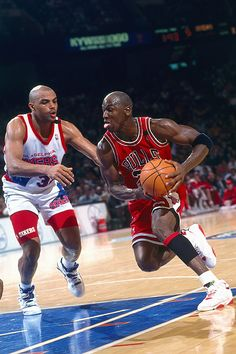 Sir Charles with the legend...