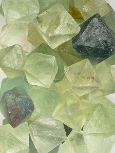 Fluorite - green natural stones (wish is was a harder stone) Minerals And Gemstones, Crystals Minerals, Rocks And Minerals, Stones And Crystals, Vanitas, Chakra Crystals, Beautiful Rocks, Rocks And Gems, Diamond Gemstone