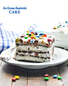 This 5-Ingredient Ice Cream Sandwich Cake is a no bake easy dessert recipe that's perfect for your next summer party! Plus, it only requires about 10 minutes of prep! #icecream #cake #nobake #easydessert #dessert #TheSeasonedMom