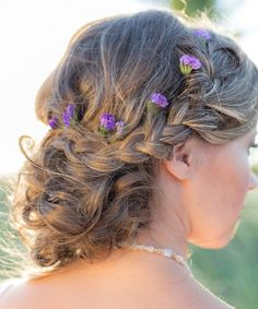 If you have uncertainty about rocking a statement floral crown you can tuck small flowers into your braided wedding up do for a similar look. Beach Wedding Hair, Wedding Hair Flowers, Wedding Hair And Makeup, Flowers In Hair, Beach Hair, Hair Makeup, Small Flowers, Chic Wedding, Wedding Ideas