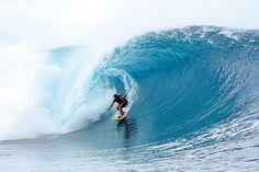 Sufer Tahiti Teahupo'o ASP World Tour Event