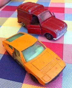 Muchos coches acabaron sin puertas