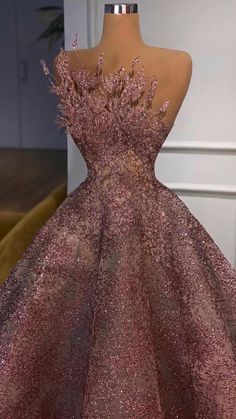 Pretty Prom Dresses, Glam Dresses, Ball Gown Dresses, Event Dresses, Stunning Dresses, Beautiful Gowns, Nice Dresses, Fashion Dresses, Rose Gold Dresses