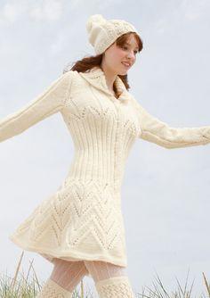 Mantel mit Lochmuster in Wollweiß, stricken mit Rebecca - mein Strickmagazin und ggh-Garn SPORTLIFE (100% Schurwolle superwash). Garnpaket zu Modell 8 aus Rebecca Nr. 48