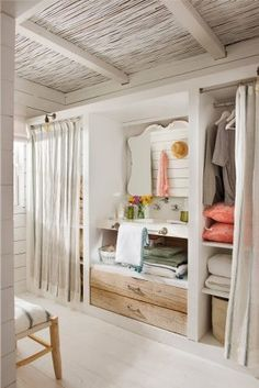 Luxury Walk-In Closet – Luxury Dale Closet Curtains, Closet Bedroom, Home Decor Bedroom, Hanging Shelves, Amazing Bathrooms, Design Case, Sweet Home, New Homes, Interior Design