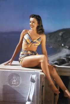 Marilyn Monroe Norma Jean Vintage Pin up Print Incredible Legs Awesome photo Joven Marilyn Monroe, Estilo Marilyn Monroe, Marilyn Monroe Fotos, Young Marilyn Monroe, Norma Jean Marilyn Monroe, Marilyn Monroe Brunette, Stars D'hollywood, Bikini Sets, Actrices Hollywood
