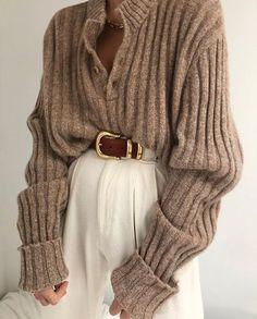 Knit Fashion, Sweater Fashion, Look Fashion, Autumn Fashion, Hijab Fashion, Knit Sweater Outfit, Fashion Clothes, Vintage Winter Fashion, Fashion Women