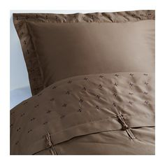 Idea: - VINRANKA, Duvet cover and pillowsham(s), Full/Queen (Double/Queen) Sateen-woven bed linen in cotton is very soft and pleasant to sleep in, and has a pronounced luster that makes it look beautiful on your bed.The combed cotton gives the bed linen an extra smooth and even surface which feels soft against your skin.
