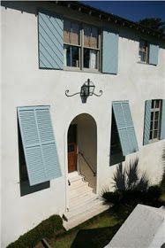 Things We Love: Bermuda Shutters - Design Chic Design Chic Bermuda Shutters, Bahama Shutters, Window Shutters Exterior, House Shutters, Cabana, Townhouse Exterior, Shutter Designs, Hurricane Shutters, Exterior Remodel