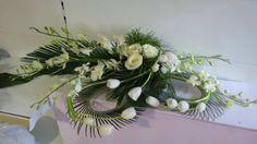 Grave Decorations, Table Decorations, Arte Floral, Flower Power, Floral Arrangements, Bouquet, Home Decor, Church Flowers, Creative Flower Arrangements
