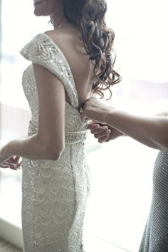 photo by Switzerfilm http://www.theperfectpalette.com/2014/02/real-wedding-tara-spencer.html
