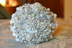 Deposit on a champagne pearl brooch bouquet made to order by Noaki, $155.00 #bridal #wedding