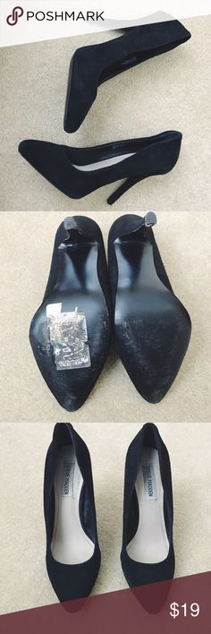 Steve Madden Pointed Toe Black Heel Only worn twice. No trades Steve Madden Shoes Heels