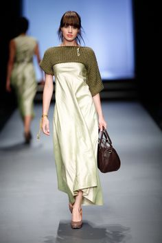 SIES!isabelle winter 2013, Shelly raw silk dress with knitted shrug