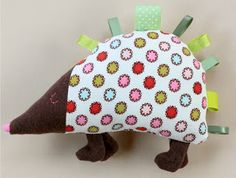DIY Hedgehog Taggie - FREE Pattern and Tutorial
