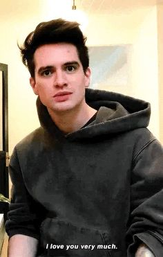 On a quick side note, just deeply think about this: what is beebo was your music teacher! That would be soooo cool! I would die everyday before I came into class tbh Panic! At The Disco, Emo Bands, Music Bands, Gerard Way, Brendon Urie Memes, The Wombats, Band Memes, My Chemical Romance, Twenty One Pilots
