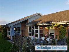 Egeskellet 61, 8340 Malling - Børnevenlig familievilla med 6 værelser og kort, sikker skolevej #villa #malling #selvsalg #boligsalg #boligdk