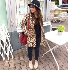 #massimodutti #leoprint #fashion #style #ootd #sezane #bag #hat #black