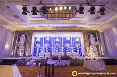 Chandra and Lidwina's Wedding Reception; Venue at JW Marriot Hotel, Jakarta; Organized by Private WO; Decoration by DeSketsa Decoration; Lighting by Lightworks