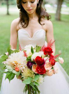 Summer bouquet loveliness: http://www.stylemepretty.com/minnesota-weddings/minneapolis/2015/05/20/romantic-minneapolis-summer-wedding/   Photography: Jeff Loves Jessica - http://jefflovesjessica.com/