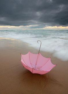 ☼ Life at the beach pink umbrella