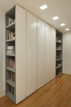 Wardrobe Room, Wardrobe Design Bedroom, Wardrobe Furniture, Kids Wardrobe, Bedroom Cupboard Designs, Bedroom Cupboards, Home Office Design, House Design, Ideas Dormitorios