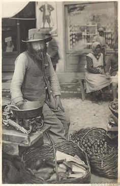 What an awesome picture!  Jewish greengrocer and knife-grinder pre-1938  #Expo2015 #Milan #WorldsFair