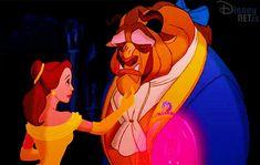 En esta colección de gifs animados de la Bella y la Bestia (Beast and the Beauty) podrás recordar las principales escenas de esta popular película de Walt Disney.
