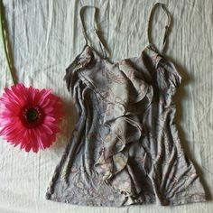 """Shopaholic Ruffle Tank Adorable light grey tank with lipstick, sunglasses and various kinds of heels printed all over. No stains, no damage, adjustable straps.  All orders ship same or next day NO Trades/Paypal/Mercari Bundles are always discounted """"Offer"""" button offers welcome and encouraged!  Any questions, just ask me! HAPPY POSHING ❤ LC Lauren Conrad Tops Tank Tops"""