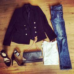 Minimalistic outfit white ty skinny knie ripped zara heels , blazer