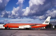 Braniff International Boeing 707-327C N7102, circa 1968. (Photo: Manfred Winter, Copyright: Braniff Flying Colors Collection)