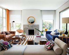Me encanta el diván, el sofá azul, y sobre todo la chimenea!!