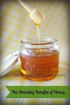 The Amazing Benefits of Honey: Including 5 Easy Honey Recipes; Homemade Honey Cinnamon Cough Syrup, Daily Honey and Cinnamon Drink, Honey Hair Conditioner, Honey Mask, Homemade Honey Syrup