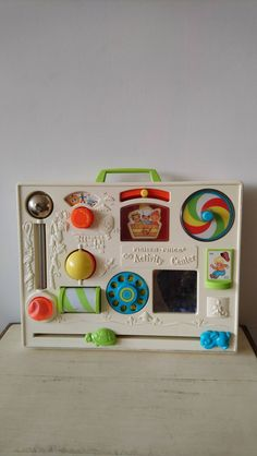 Vintage Fisher Price activity center 1973 for sale @ De Oranje Kat Vintage Toys 80s, Vintage Box, Retro Toys, Toys R Us Kids, Toddler Toys, Fisher Price Toys, Vintage Fisher Price, My Childhood Memories, Activity Centers