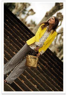 Look: Pantalones, camisa y americana: Zara; Bolso: Q2 para Buylevard; Sandalias: Menbur; Anillo: A Bicyclette.