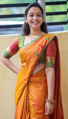 Beautiful Girl Indian, Beautiful Saree, Most Beautiful Women, Beauty Full Girl, Cute Beauty, Beauty Women, Indian Girl Bikini, Indian Girls, Rakul Preet Singh Saree