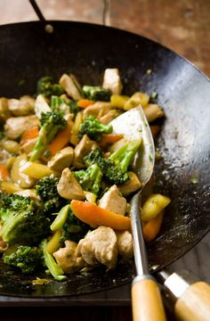 Chicken and Broccoli Stir-fry with Maple and Tahini | Healthy Seasonal Recipes #eatcleanpinparty