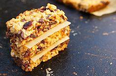 Easy Healthy Chocolate Chip Granola Bars / Mom's Kitchen Handbook