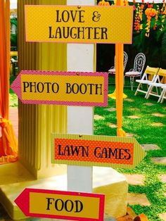 Looking for latest Outdoor Wedding Decorations? Check out the trending images of the best Indian Outdoor Wedding Decoration ideas. Diy Wedding Theme, Desi Wedding Decor, Wedding Theme Inspiration, Wedding Reception Backdrop, Indian Wedding Decorations, Wedding Colors, Wedding Entrance, Wedding Ideas, Backdrop Decorations