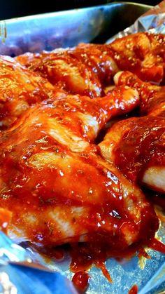 Kycklingklubbor med libanesisk vitlökscremé