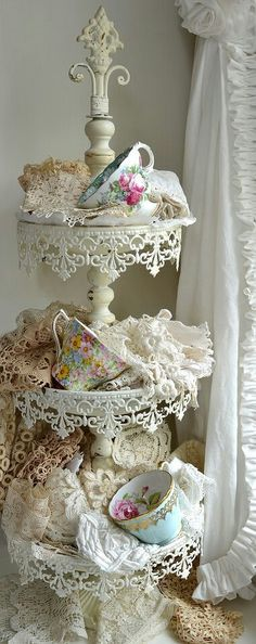 I cannot explain my love for shabby chic