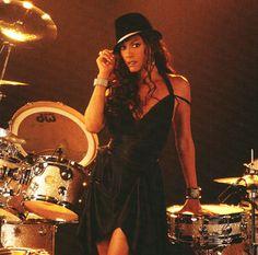 sheila e and prince I Love Music, Kinds Of Music, Music Is Life, Female Drummer, Sheena Easton, R&b Albums, Prince Costume, Musician Photography, Sheila E