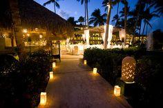 Parrot Bar | Majestic Colonial Wedding Reception