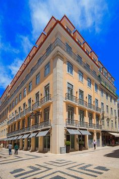 Hotel Santa Justa Lisboa - Hotels.com - Hotel rooms with reviews. Discounts and Deals on 85,000 hotels worldwide