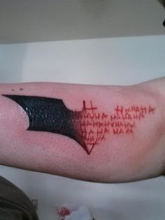 she-behaves-like-shes-on-fire: chaotic-genius: jkimisyellow: bridgemcgidge: tan-the-man: Wow now THAT is a cool batman tattoo HOT DAMN (funfact: in russia the letter for 'N' is actually 'H' (so you read 'HAHAHA' but russians read 'NANANA')) NO Batman Tattoo, Batman Symbol Tattoos, Bat Symbol, Joker Tattoos, Joker Symbol, Laugh Tattoo, Dibujos Tattoo, Symbolic Tattoos, Piercing Tattoo