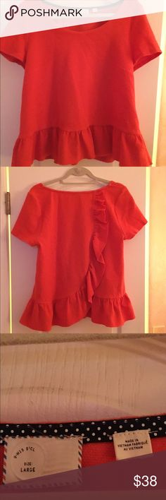 ANTHROPOLOGIE Scalloped Top Gorgeous vibrant orange top from Anthropologie. It has a unique scalloped back and looks great with jeans or skirts. Anthropologie Tops