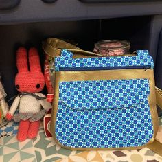 L'Atelier de Cacahuète sur Instagram: Maintenant qu'il est offert je peux vous montrer le sac#sacotin offert à @ln_caubel ma sœur pour ses 40 ans #petitpan #jecoudsdoncjesuis…
