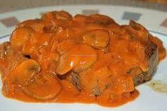 Echte Stroganoffsaus recept, erg lekker, ipv slagroom scheutje kooksroom gebruikt, geen groene paprika